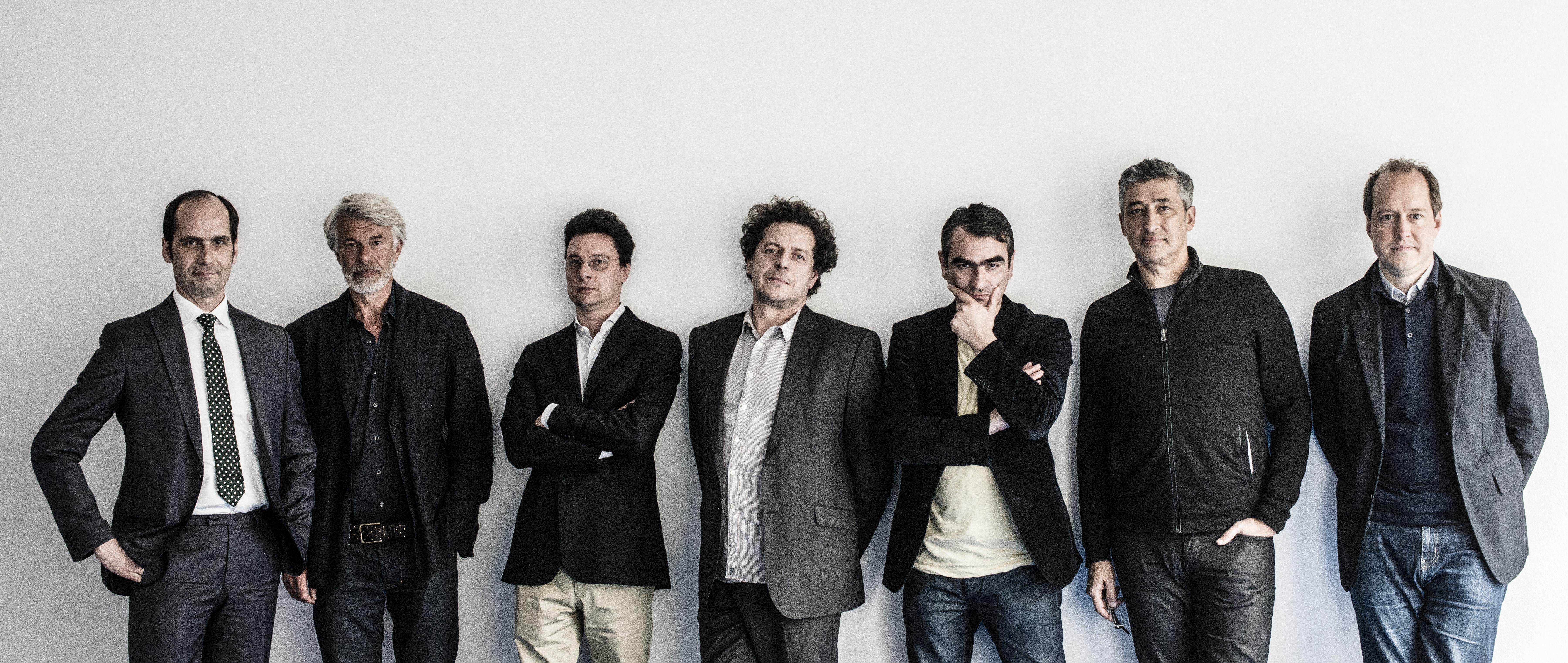 Kiesler-Preis-Jury 2014 (von links nach rechts): (Peter Bogner), Chris Dercon, Mario Codognato, Juan Herreros, Nicolaus Schafhausen, (Hani Rashid), Jasper Sharp - Foto: Sabine Hauswirth
