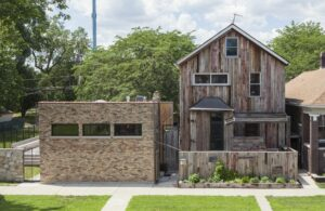 Dorchester Projects, Chicago, 2014. Image by Sara Pooley. Courtesy Rebuild Foundation.